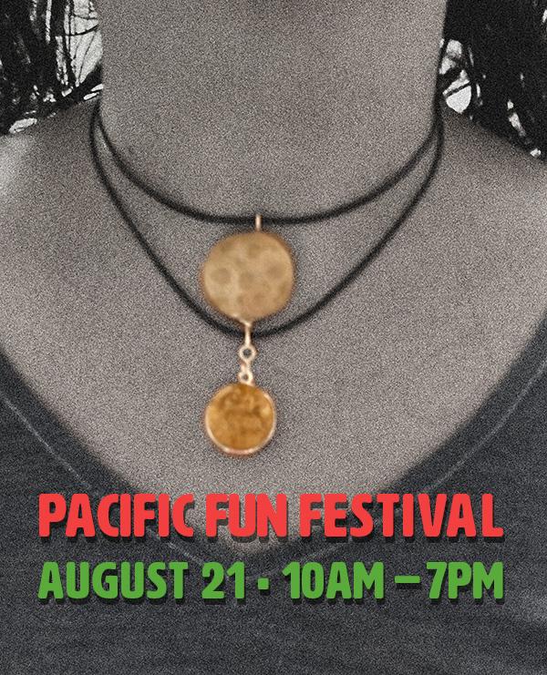 Pacific Fun Festival jewelry vendor image